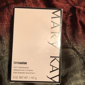 Other - 3-in -1 cleansing bar Marykay
